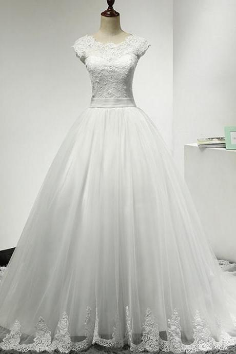 A-line Tulle Lace Scoop Chapel Train Wedding Dresses UK12193