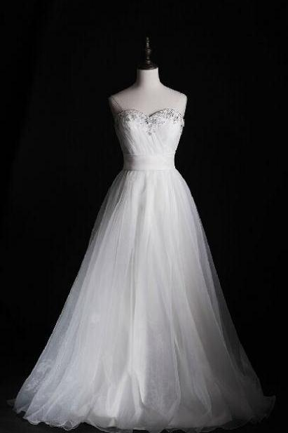 Floor-length A-line Wedding Dress with Sweetheart Neckline